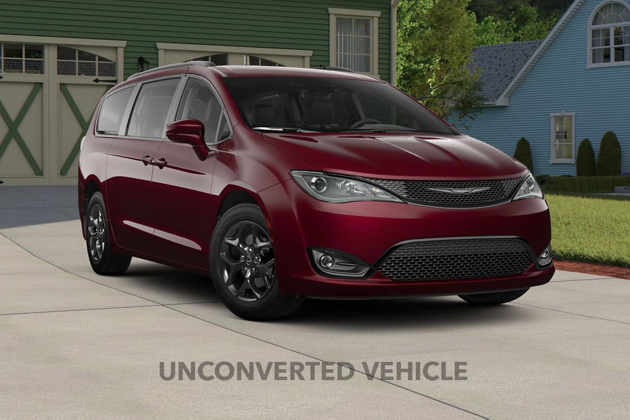2019 Chrysler Pacifica Touring-L Plus S